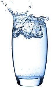 Vesi – kui palju vett peaks jooma ja mis kasu me sellest saame?