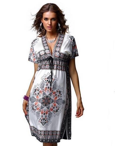 Boheemlaslikus stiilis lühike kleit