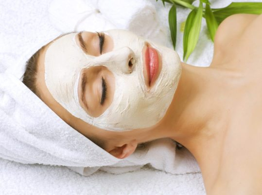 bigstock Spa facial clay mask 12581204