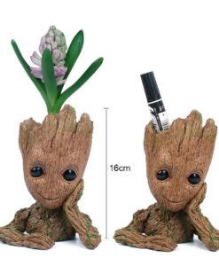Omapärane puidu muljega lillepott