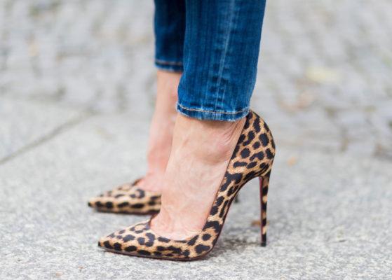 Millega kanda leopardimustrilisi jalatseid?