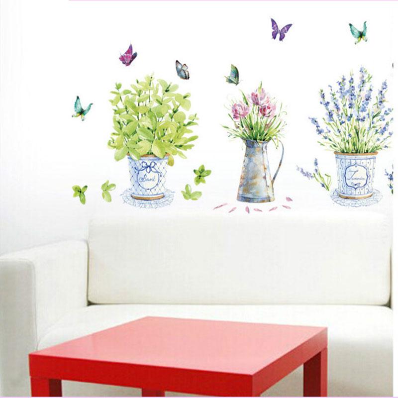 8234aa07ec5 Seinakleeps romantiliste lillede ja liblikatega
