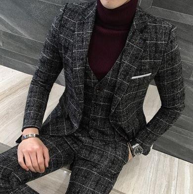 Soojemast materjalist ruuduline ülikond