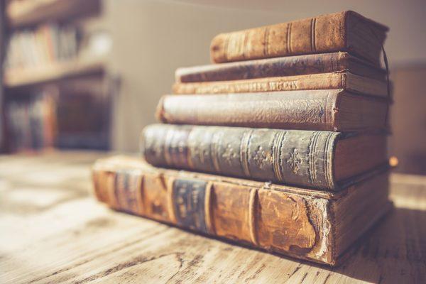 Kuidas raamatutelt kopituse lõhna eemaldada?