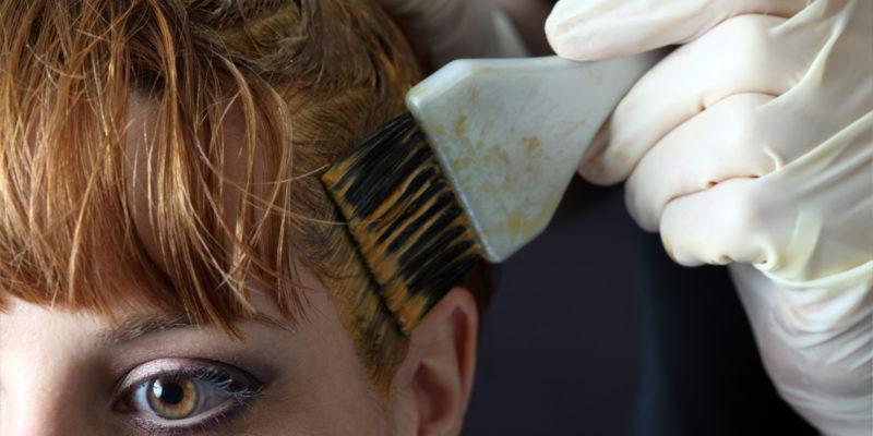 Kuidas värvida kahjustatud juukseid?