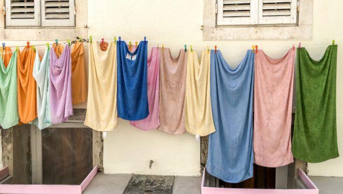 Kuidas taastada tuhmunud riiete värvi?